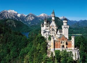 Esse é o castelo de Neuschwanstein na Alemanha. Imagem meramente ilustrativa.