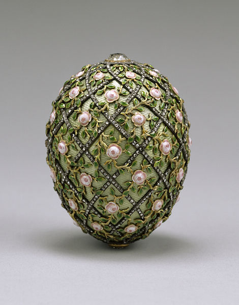 470px-house_of_fabergecc81_-_rose_trellis_egg_-_walters_44501