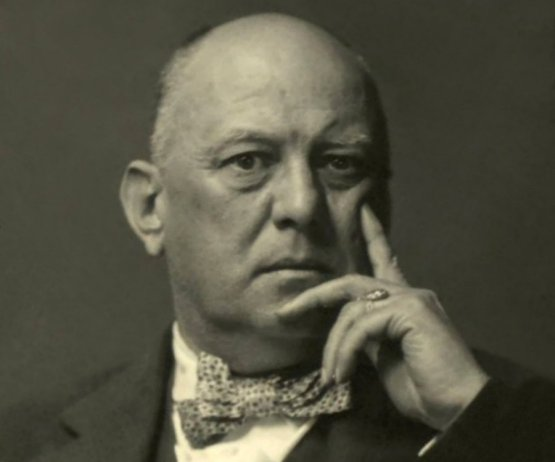 aleister-crowley-4